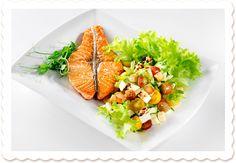 Lohimedaljonkisalaatti rakkaudella | Oksasen Puutarha Risotto, Salsa, Mexican, Ethnic Recipes, Food, Eten, Meals, Salsa Music, Diet