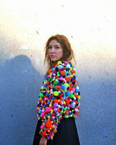 Artfully Awear: Mike Kelley at MoMA Pom Pom jacket. I would totally wear… Diy Fashion, Fashion Show, Fashion Design, Pom Pom Jackets, Fancy Dress, Dress Up, Fantasias Halloween, Diy Vetement, Recycled Fashion