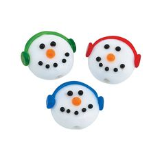 Let Frosty add some fun wintertime flair to your projects! These smiling Snowman Head Lampwork Beads will make your holiday project even cooler. Add a these to a special gift for someone you love. Glass. (2 dozen per unit) Each lampwork bead is handmade and will vary slightly.  © OTC