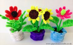 pipe cleaner flower pots, tutorials available on the site and on youtube