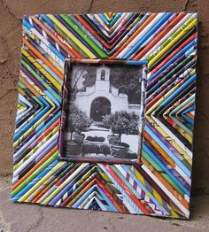 interior, 28 Best DIY Photo And Picture Frame Crafts Ideas Designs For 2018 Advanced Craft Trending Picture Frame Craft Ideas Recycled Magazine Crafts, Recycled Paper Crafts, Recycled Magazines, Old Magazines, Recycled Crafts, Recycled Jewelry, Diy Photo, Cadre Photo Diy, Magazine Photo Frame