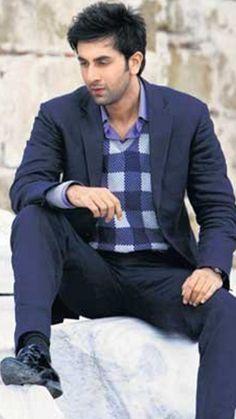 ranbir kapoor Ranveer Singh, Ranbir Kapoor, Bollywood Wallpaper, Rishi Kapoor, Best Hero, Star Images, Dressing Sense, Stylish Boys, Handsome Actors
