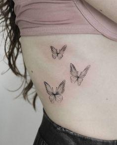 tattoo butterfly tattoo small tattoo back tattoo arm tattoo s 2 Tattoos Bein, Cute Tattoos, Body Art Tattoos, Small Tattoos, Tattoos For Guys, Sleeve Tattoos, Rib Tattoos For Women, Henna Tattoos, Tatoos