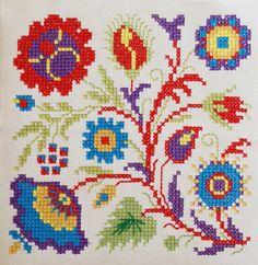 cross stitch flowers by dutch blue, via Flickr