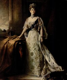 Queen Mary of England by Sir William Llewellyn, Queen Mary, King Queen, Queen Elizabeth, Royal Life, Royal House, Court Attire, European Dress, Diamond Tiara, Herzog