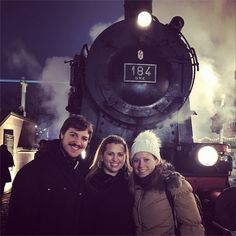 An old German train at the Frankfurter Weihnachtsmarkt! #adventures #gennglobal #genn #global Check out our website at http://www.gennglobal.com/!