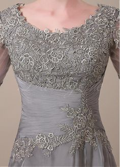 Pretty waist detail and bodice
