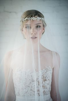 bBeautiful veils and accessories available at online bridal boutique Liberty in Love #bridalboutique #weddingjewellery #weddingveil #littlebookforbrides