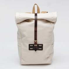 roomy cotton duck canvas backpack by archival clothing Fashion Bags, Mens Fashion, Canvas Backpack, Looks Cool, Travel Accessories, Leather Bag, White Leather, Purses And Bags, Shoe Bag