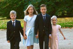 yoursweetremedy:  Belgian Royal Family photoshoot, Christmas 2014-Prince Emmanuel, Princess Elisabeth, Prince Gabriel, Princess Eléonore
