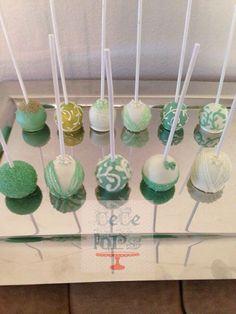 <b>Bridal</b>-<b>shower</b> <b>cake</b> <b>pops</b>