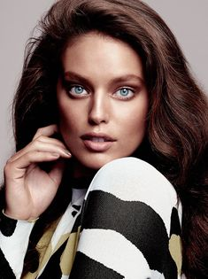 Emily DiDonato wears the fall collections for Glamour Spain Magazine September 2015 issue Photoshoot Emily Didonato, Maybelline, Beautiful Models, Beautiful Women, Beautiful People, Provocateur, Guy Pictures, Professional Women, Pure Beauty
