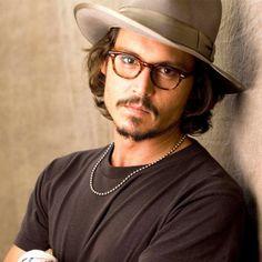 caa9e3a61a0980 Johnny Depp, Round sexy glasses Groupe De Johnny Depp, Acteurs Et Actrices,  Kentucky