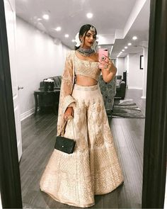 So, this stunner Ankita Malik.b never fails to amaze me with her dressing tips a. - So, this stunner Ankita Malik.b never fails to amaze me with her dressing tips and tricks. This time, she has converted her lehenga into a… Source by dahiyaaishwarya - Party Wear Indian Dresses, Indian Wedding Wear, Designer Party Wear Dresses, Indian Fashion Dresses, Indian Bridal Outfits, Indian Gowns Dresses, Dress Indian Style, Indian Designer Outfits, Fashion Outfits