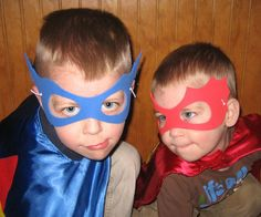 Masks out of foam paper Ninja Turtle Mask, Ninja Turtles, Superhero Theme Party, Superman Birthday, Joint Birthday Parties, Diy Party, Party Ideas, Party Favors, Super Hero Costumes