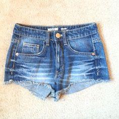NWOT high waisted shorts Not hollister Hollister Shorts Jean Shorts