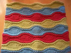 Ravelry: Lizard Ridge Dishcloth pattern by Laura Aylor