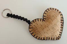 Keychain cork heart, keychain, cork gift, cork nature, portuguese gift, christmas gift, women keychais, valentines day, accessories by MontradaCarolina on Etsy