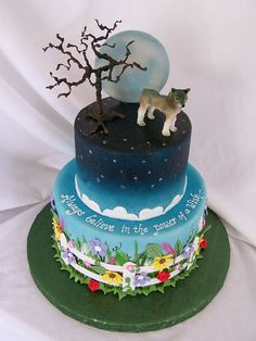 Wolf cake with moon.