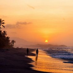 Get the best travel tips and advice from seasoned travellers Palomino Colombia, Top Travel Destinations, Places To Travel, Places To Visit, Beach In Spanish, Colombia South America, Sunset Landscape, Adventure Is Out There, Beach Fun