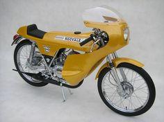 Small Motorcycles, British Motorcycles, Vintage Motorcycles, 50cc Moped, Custom Moped, R80, Mini Bike, Vintage Bikes, Biker Style