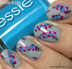 Gladiola Manicure - I love designs that are really pretty and also really easy! And this could be done with tons of different colors.