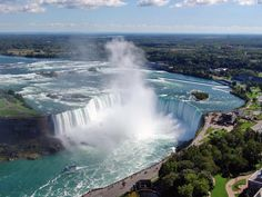 Horseshoe Falls (not Niagara Falls) is in Canada. Niagara Falls cannot be seen in this photo, it is to the left of the upper left Goats Island, and is in NY. Scary Places, Places To See, New York, New Orleans, Niagara Falls Toronto, State Parks, Lago Moraine, Niagara Falls Attractions, Visiting Niagara Falls