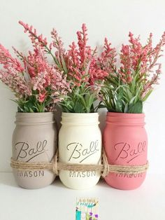 Love this Pink Beige and Off White mason jar look! the pink flowers set it off.