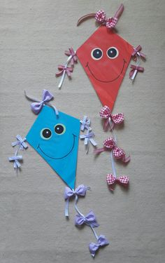 Preschool Age, Preschool Crafts, Easy Crafts, Crafts For Kids, Arts And Crafts, Kite Decoration, Art Projects, Projects To Try, Felt Books