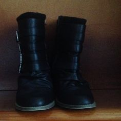 Black Faux Leather Boots Wide Super trendy black boots. Only worn a couple times & look great with jeans or leggings. The heel is approximately 3 inches. 4 buckles on the side and a zipper to close. Avenue Shoes