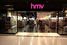 Company HMV moves into administration