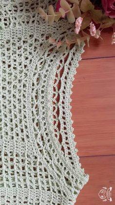 Discover thousands of images about Tecendo Artes em Crochet: Blusa Estilosa Linda Crochet Jumper Pattern, Crochet Blouse, Knit Crochet, Crochet Hats, Crochet Summer Tops, Crochet Leaves, Crochet Patterns For Beginners, Filet Crochet, Vintage Crochet