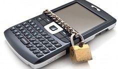 a-qui-est est un annuaire inversé gratuit pour retrouver le nom du propriétaire d'un numéro de téléphone. Identifiez donc l'identité de votre appelant et laissez a-qui-est vous guider : identifier propriétaire d'un numéro, numéro de téléphone fixe, numéro de téléphone portable... http://www.a-qui-est.com