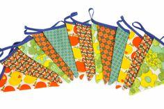 Klazien Mooie vlaggetjes slinger met hippe retrostofjes
