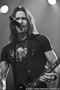 Myles Kennedy from Alter Bridge :)