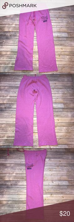"""VS Pink Boyfriend Sweatpants Pink In very good condition. Minor pilling. 32"""" inseam. Raw edge bottoms. Ask any questions! 📦Same/ Next Day Shipping 🚫Paypal/ Trades ✅Bundles 🚫Smoke Free PINK Victoria's Secret Pants Track Pants & Joggers"""
