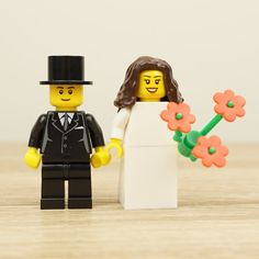 Lego bride and groom, Lego cake topper, Lego cake toppers, Lego wedding cake topper, Lego Wedding, Lego Couple, Lego family, Lego Family