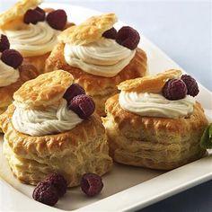 Vanilla Cream in Pastry Shells