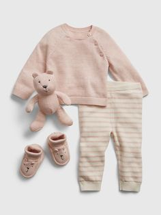 Saw this on Gap: Cute Baby Girl Outfits, Cute Baby Clothes, Smocked Baby Clothes, Bear Slippers, Girls Clothes Shops, Diaper Bag Backpack, Baby Sweaters, Baby Girl Fashion, Sweater Outfits