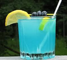 HEADSHRINKER 1.5 oz. Gin 1 oz. Limoncello .5 oz. Blue Curacao 4 oz. Lemonade Lemon wheel to garnish Instructions Add the ingredients to an ice filled Rocks glass. Give it a good stir, garnish accordingly.