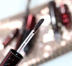 MAC x Aaliyah Makeup Collection Gorgeous Makeup, Love Makeup, Mac Makeup Looks, Pale Skin Makeup, Makeup Must Haves, Latest Makeup, Homemade Face Masks, Makeup Designs, Aaliyah