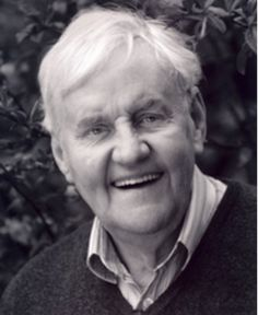 Richard Briers (1934-2013)What a very nice man, from a very nice family. I'm so glad I got to see his Lear in 1990! It's odd, this Spring I suddenly thought of him as I do sometimes, and did some internet searching. I planned to do some more in the morning and found he had just passed on. He is missed.