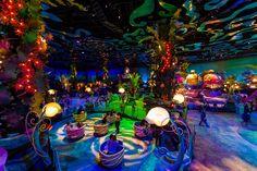 Another view of Tokyo Disney's mermaid lagoon! I'd kill to go here! Tokyo Disney Sea, Tokyo Disney Resort, Tokyo Disneyland, Disney Tourist Blog, Disney Parks, Mermaid Lagoon, Mermaid Disney, Disney Resorts, Disney Theme