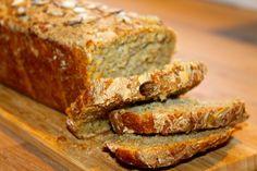 Eltefritt gresskarbrød med krydder, gresskarfrø og havsalt På høsten er det mye god mat som vi nyter til det fulle – alt fra lam, gryter, supper, rotgrønnsaker, sopp, bær, epler og mye annet …