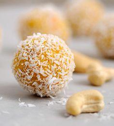 Rezept mit Bild für Mango-Kokos-Energiebällchen - foolforfood.de