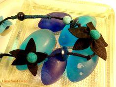 collar reclicando http://littlesunflowerhandmade.blogspot.com.es/