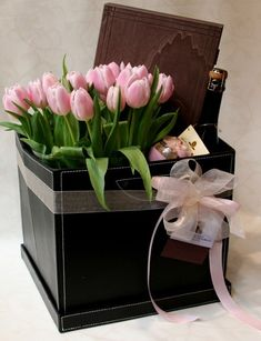 The exclusive gift pack includes a box of 36 pieces of Dolce … Italian Chocolate, Birthday Cards, Happy Birthday, Marriage Anniversary, Fake Flowers, Gift Packaging, Box, Tulips, Champagne