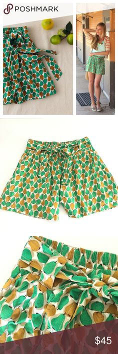 🍋Anthro •Pear• Bosc Culottes shorts Stunning pear shorts • Bosc Culottes by Daughters of the Liberation. No size tag, but fit like an S. 13 inch waist (stretchy band in back), 14 inches long, 5 inch inseam. PERFECT CONDITION! The verdant spots on Daughters of the Liberation's orchard-dotted pair give plain-old-polkas a run for their money.   Front pockets  Pull-on styling  Rayon; cotton lining  Style No. 20829784 Anthropologie Shorts