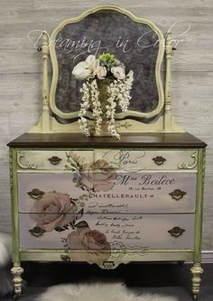 Shabby to Chic: Five Ways to Revamp and Modernize Your Shabby Chic Room - Sweet Home And Garden Decoupage Furniture, Chalk Paint Furniture, Colorful Furniture, Repurposed Furniture, Unique Furniture, Shabby Chic Furniture, Furniture Projects, Furniture Makeover, Vintage Furniture