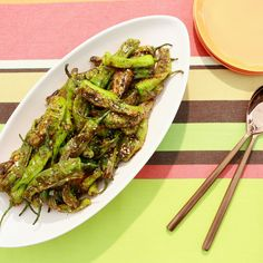 Get Shishito Peppers with Chili and Lime Recipe from Food Network Vegetable Salad, Vegetable Dishes, Celiac Recipes, Cooking Recipes, Shishito Pepper Recipe, Geoffrey Zakarian, Baked Goat Cheese, Lime Recipes, Stuffed Poblano Peppers